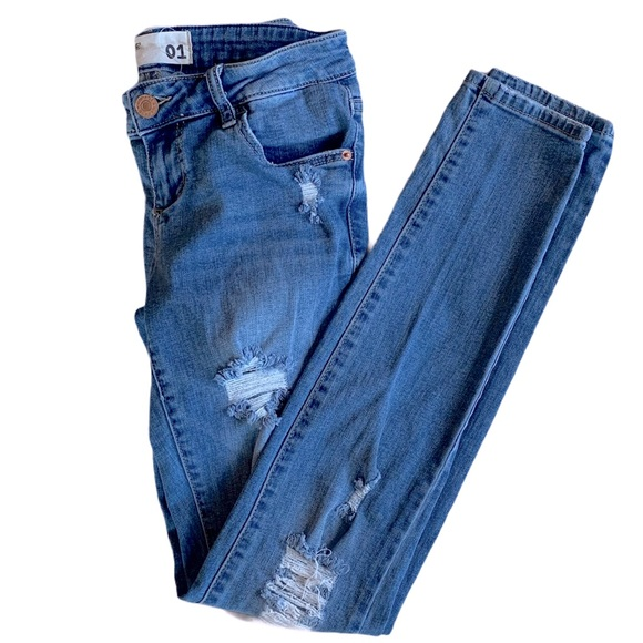 Garage distressed skinny jeans